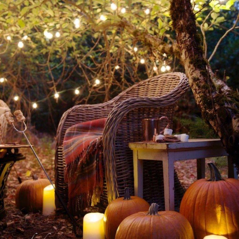 severelymagicalthings.com/magical-pumpkin-picnic-photo/