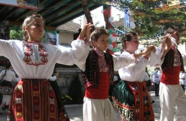 (Bulgarian) Турлаци от България и Сърбия ще се съберат в Белоградчик