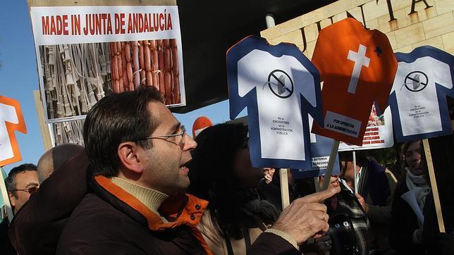 Los funcionarios quieren una Ley de Transparencia «antienchufismo»