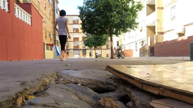 Las deficiencias en la zona se ven desde la calle