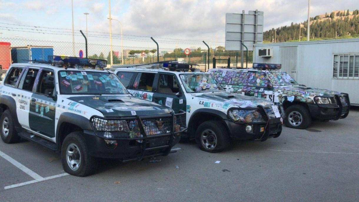 Los coches patrullas fueron trasladados para su reparación