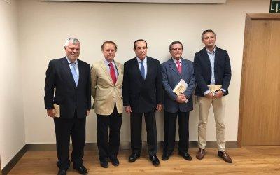 El libro de Pepe Luis Vázquez se presentó con Curro y Pepe Luis hijo de padrinos