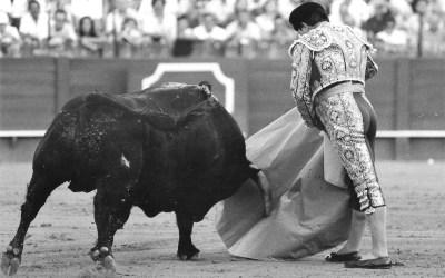 Curro  Romero, 24 tardes de Resurrección en Sevilla