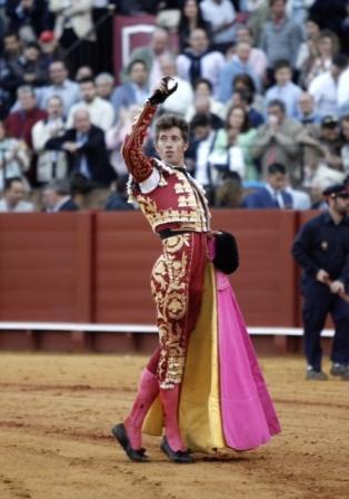 Escribano_oreja_Sevilla15