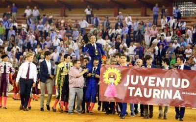El Cid se despidió de los ruedos con un gran triunfo en Zaragoza