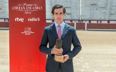 Juan Ortega recibió la Oreja de Oro de Radio Nacional de España