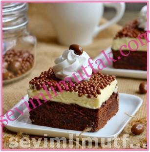 Beyaz Çikolatalı Brownie Pasta Nasıl Yapılır?