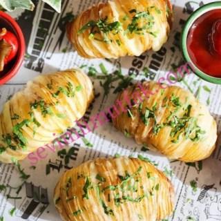 Kaşarlı Yaprak Patates Nasıl Yapılır?