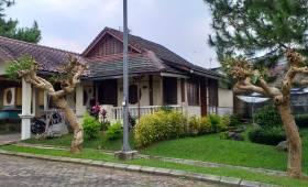 villa kota bunga murah