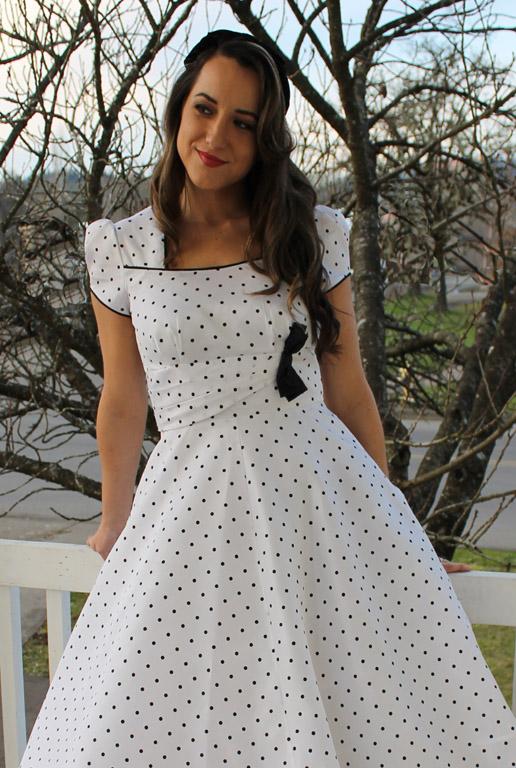 LN1720 Averly Dress | Sew Chic Patterns
