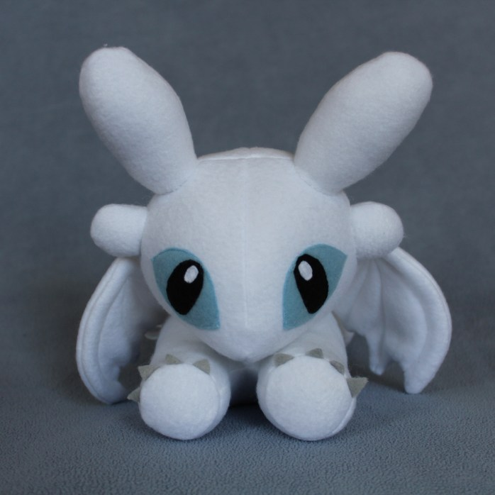 How to Train Your Dragon.Light Fury Plush