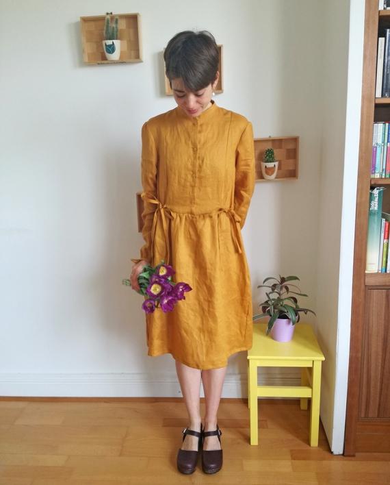 Honeycomb-dress-sewing-pattern-mustard-front-look-4-CocoWawa-Crafts-570x708