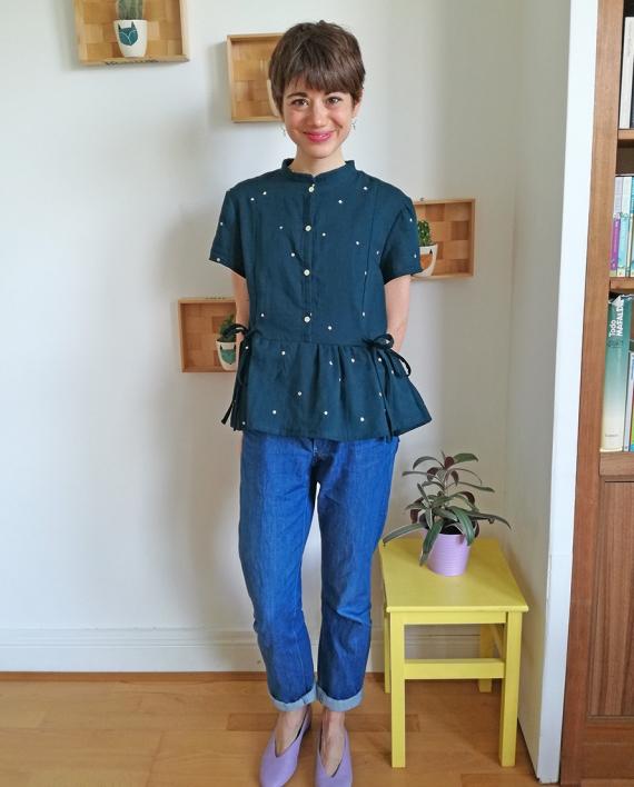 Honeycomb-shirt-sewing-pattern-short-sleeves-front-look-1-CocoWawa-Crafts-570x708