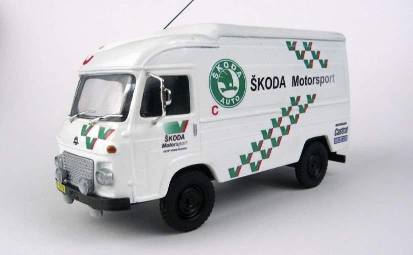 JKO43017 Avia Furgon doprovod Motorsport