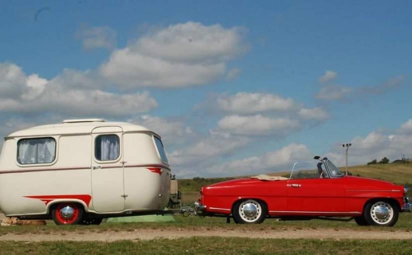 JKS43008 Stavebnice karavanu Karosa W4 Dingo