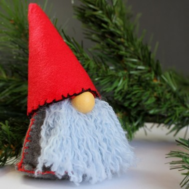 Scandinavian-Christmas-Gnome..