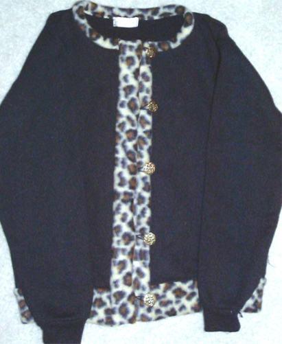 leopard fleece lg