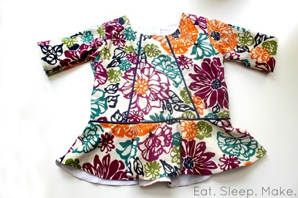 Free pattern: Little girl's piped peplum top
