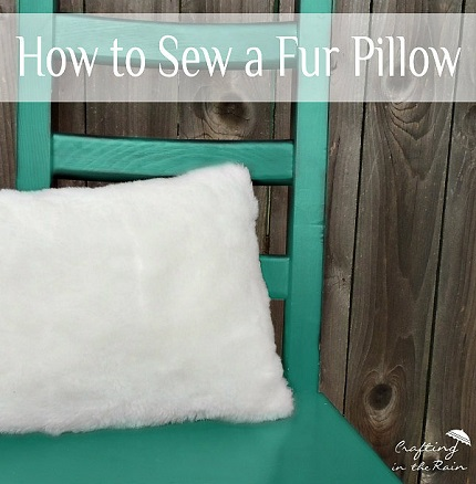 Tutorial: Faux fur throw pillow cover
