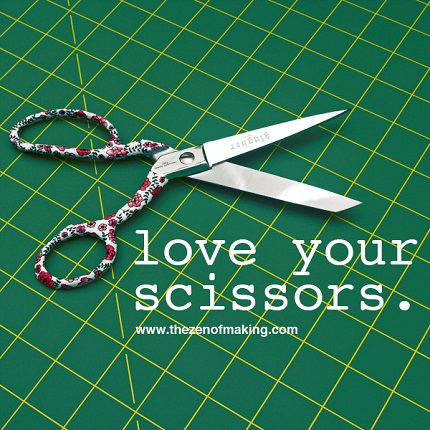 Tutorial: How to clean and oil your scissors