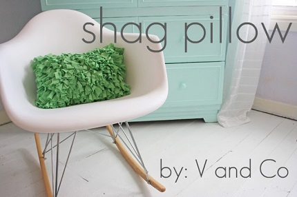 Tutorial: Jersey knit shag pillow