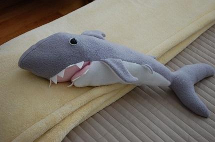 Left shark costume pattern