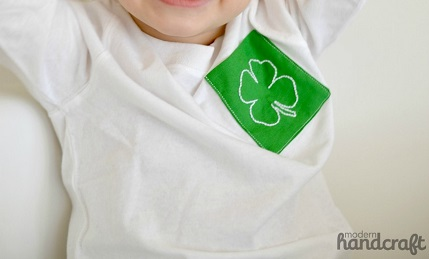 "Tutorial: Add a ""pinch proof"" St. Patrick's Day pocket to a plain tee"