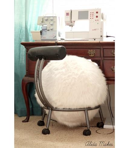 Tutorial: Faux fur ball chair cover