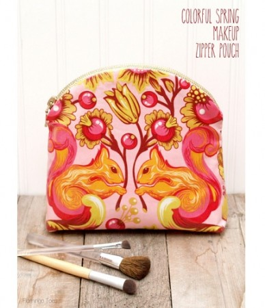 Tutorial: Curved top zippered makeup pouch