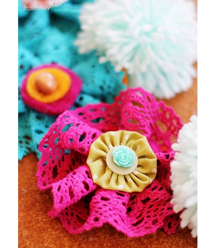 Tutorial: Layered lace and fabric flowers