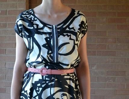 Tutorial: Add an exposed zipper to a make a nursing dress