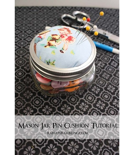 Tutorial: Mason jar pin cushion and sewing kit