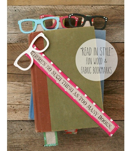 "Tutorial: ""Read in Style"" wood and fabric bookmarks"