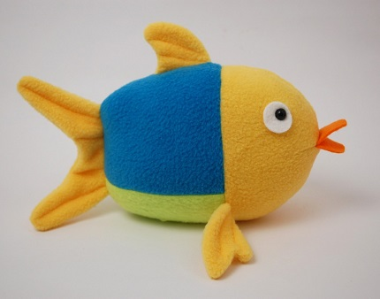 Free pattern: Penny the Fish softie
