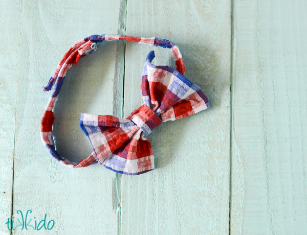 Tutorial: Little boy's dapper bow tie, no sewing required