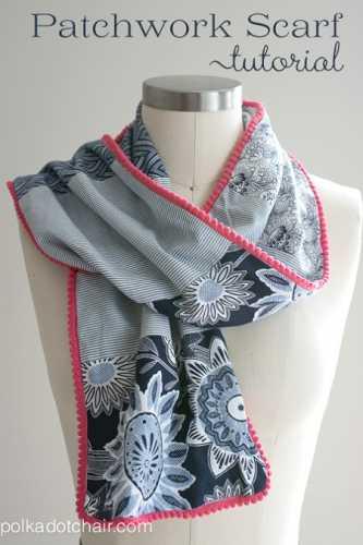 Tutorial: Patchwork scarf with tiny pom pom trim