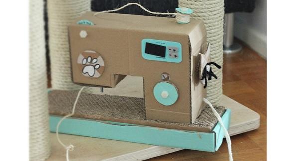 Tutorial: Cardboard sewing machine cat scratching post