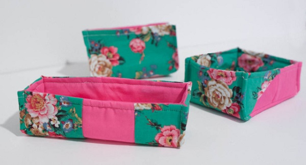 Tutorial: Fabric baskets to keep small things organized
