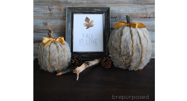 Tutorial: No-sew faux fur pumpkin