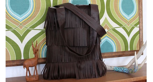 Tutorial: Make a fringed leather bag