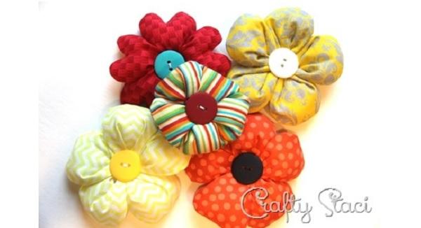 Tutorial: Puffy fabric flowers