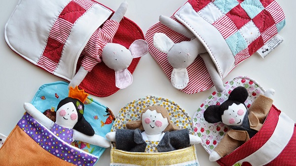 Tutorial: Sew a sleeping bag for a doll