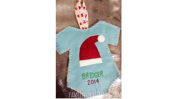 Tutorial: Felt baby's first Christmas ornament