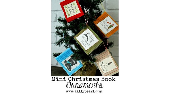 Tutorial: Felt mini Christmas book ornaments, plus a free printable
