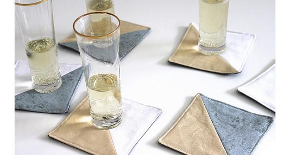Tutorial: Half square triangle coasters