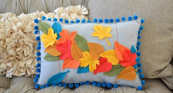 Tutorial: Falling leaves felt pillow