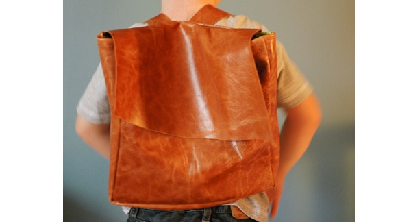 Tutorial: DIY modern leather backpack – Sewing