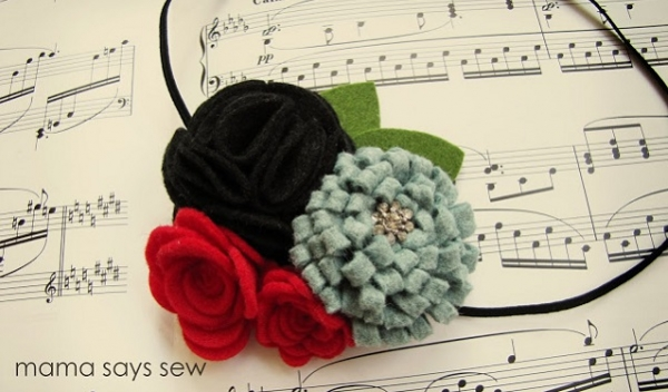 Tutorial: Felt flower Christmas headband