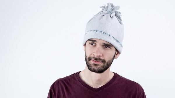 Video tutorial: Super easy fleece winter hat
