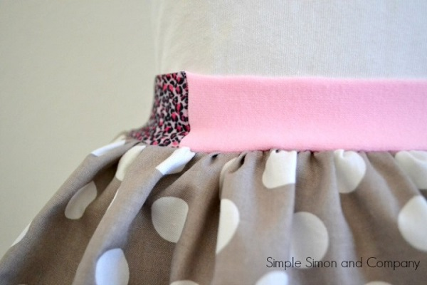 Tutorial: Use dollar store headbands to make an exposed elastic waistband